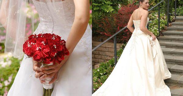 Wedding bouquets, wedding bouquet roses red, bridal bouquet Photo: Agape Pics Dallas wedding WeddingWishes.com