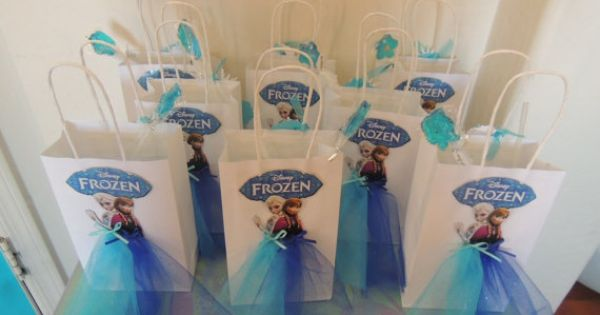 how to give boys return gift in a princess party