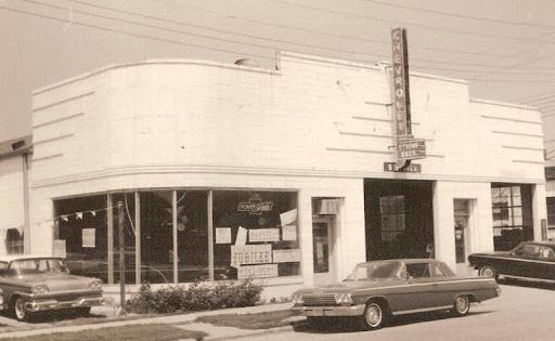 Chevrolet Dealers In Columbia Sc >> Here is a collection of vintage car dealership photos ...