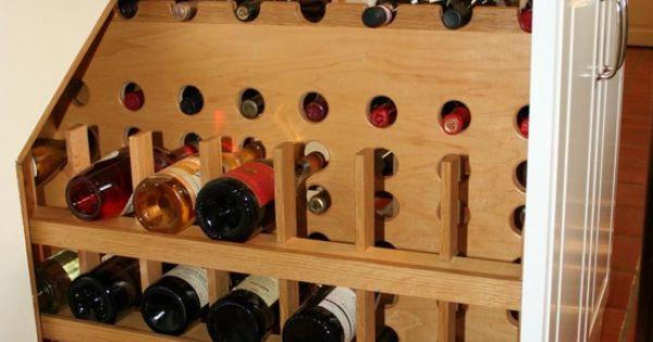 Cave vin coulissante sous l 39 escalier escalier for Cave a vin escalier