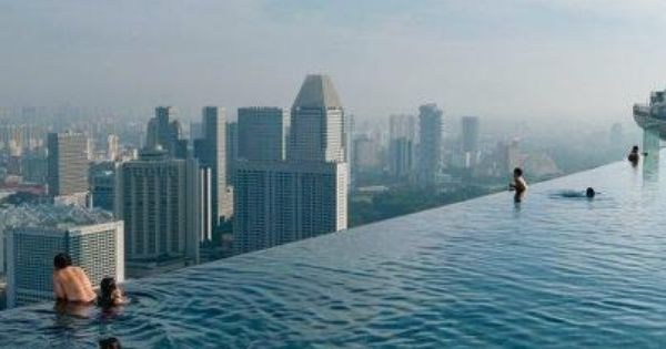 REAL infinity pool, in Singapore at the Marina Bay Sands resort. Photo