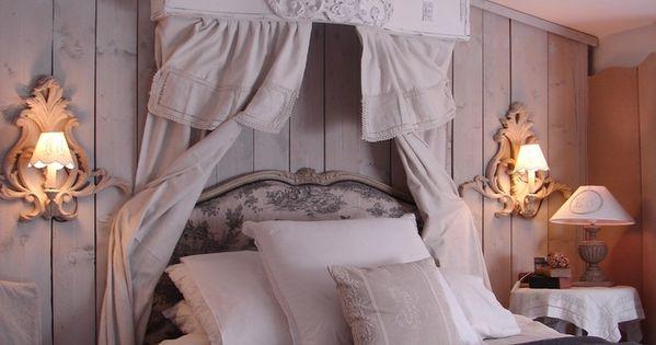 chambre coucher ciel de lit le grenier d 39 alice shabby chic romantique deco charme deco. Black Bedroom Furniture Sets. Home Design Ideas