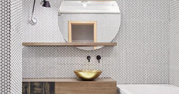 Tolomeo micro parete lamp from artemide and brass for Finestre rotonde del bagno
