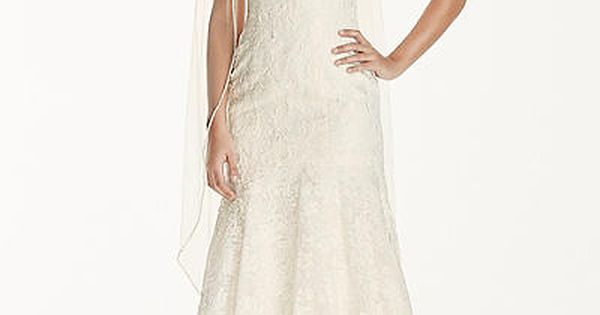 Vintage Inspired Lace Wedding Dress With Scalloped V-neck