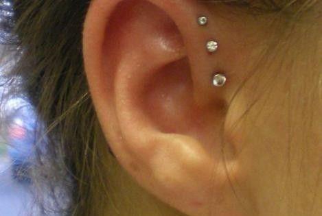 Triple helix ear piercing.. so cute. so painful.