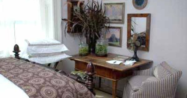 A Corner Table In A Guest Room In P Allen Smith 39 S Garden
