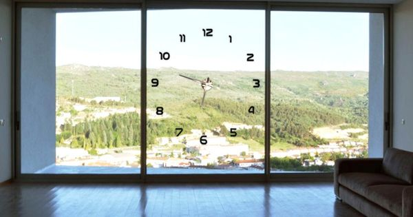 Big Time Clock A Different Kind Of Clock Suspended Large House Windows Architecture Design Big Windows