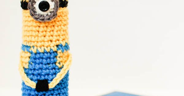 Minion pencil case for back to school ... free pattern ...