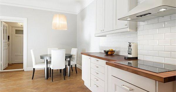 Cuisine pdt bois carrelage metro retro moderne cuisine for Carrelage metro aubergine