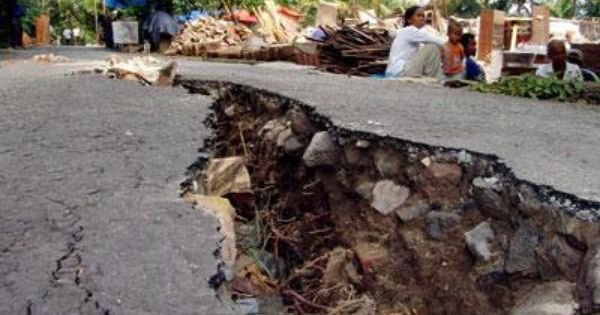 earthquakes happen everywhere Earthquakes occur every day, but most people don't notice the small ones here's what causes earthquakes.