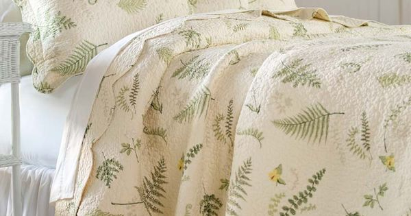 Tranquil Fern Quilt Set In Soothing Shades Of Green Cream