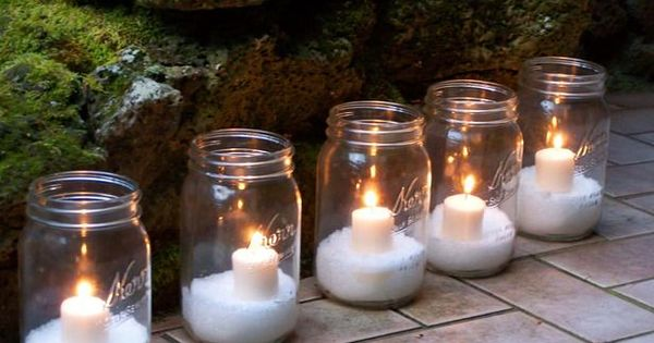 Holiday Decorating Ideas | Christmas Decor | Fill mason jars with Epsom