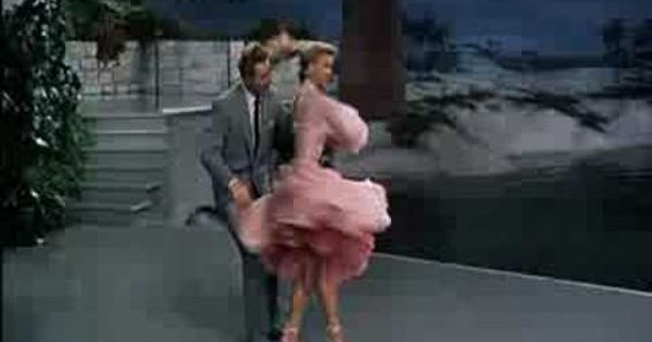 Vera Ellen And Danny Kaye In White Christmas The Best Things