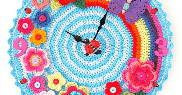 Tick Tock, Knitted Clock
