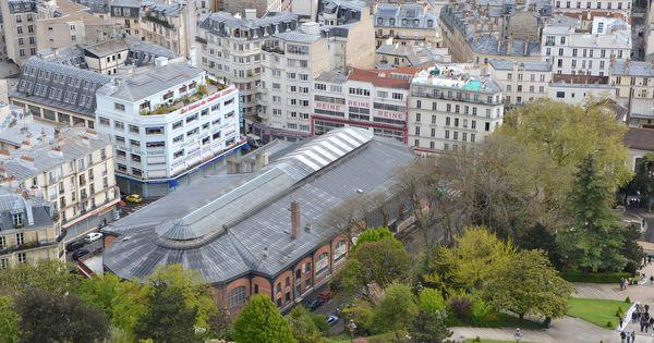 March saint pierre quartier de magasins de tissus au pied de montmartre - Tissus marche saint pierre paris ...