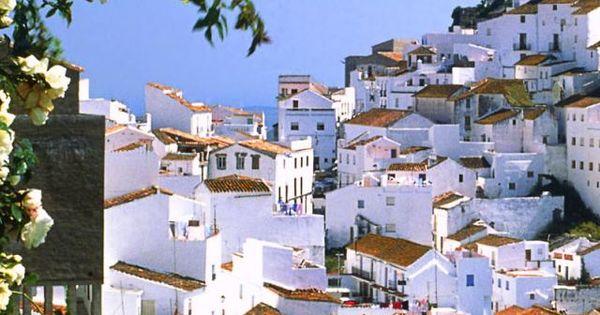 Mountain village Casares, Malaga, Spain. Loved this part of Spain... Malaga www.altosdelosmonteros.com
