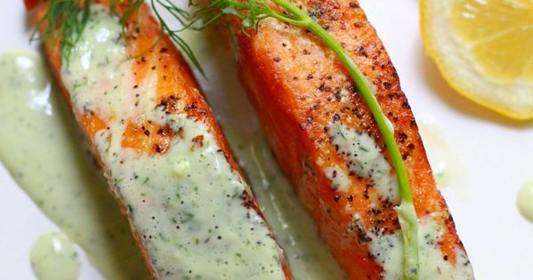 Salmon with Creamy Dill Sauce--healthy and delicious.... food foodporn yummy salmon recipe
