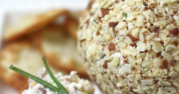 Bacon Ranch Cheese ball : https://therecipecritic.com This is so delicious and and