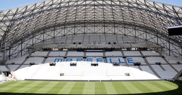Stade velodrome marseille stadiums in europe for Porte 7 stade velodrome