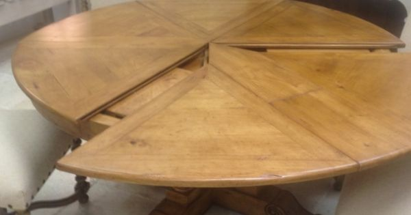 60 Quot Round Extendable Solid Wood Distressed Dining Table