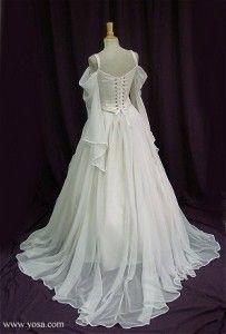 Silks And Velvets The Art Of Yosa Addiss Medieval Wedding Dress Trendy Wedding Dresses Silk Wedding Dress