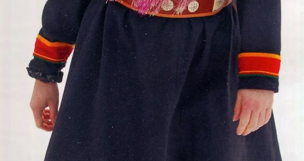 Folkcostume Embroidery Overview Of Saami Costume Mode Traditionnelle Vetement Traditionnel Costume Folklorique