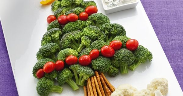 Veggie tray Christmas tree- Perfect for a holiday party!