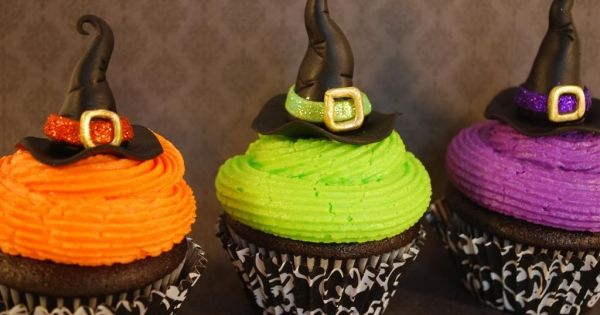 Pics For > Halloween Witch Cupcake Ideas
