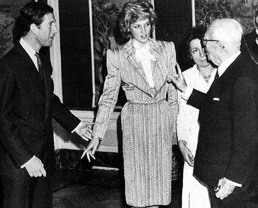 Sandro Pertini con i Principi di Galles 1980s in fashion