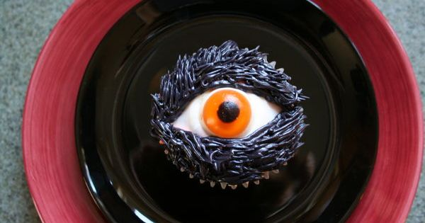 Tuesdays Thursdays Halloween With Dorie - Chocolate Chocolate Eyeball Cupcakes - The