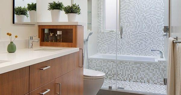 petite salle de bains avec baignoire douche 27 id es. Black Bedroom Furniture Sets. Home Design Ideas