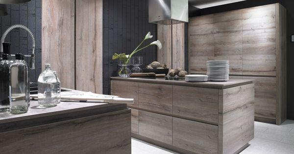 Cuisine design en bois meubles de cuisine schr der for Meuble de cuisine integree