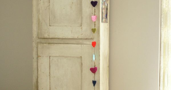 Crochet Garland - Attempt Weaving. via Wood & Wool Stool