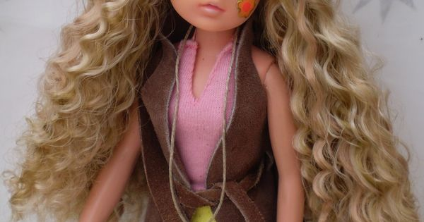 Hippy Sindy (Not my doll), repinned from Pinterest. #sindy  Sindy  Pinterest  인형
