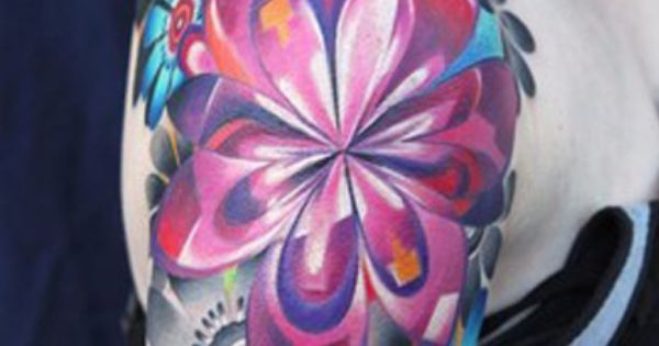 These colors really POP! Great vibrant floral tattoo art pretty