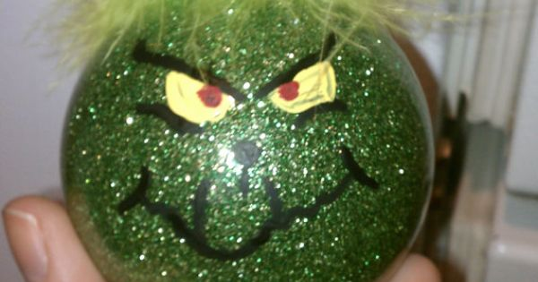 DIY Grinch Christmas ornament