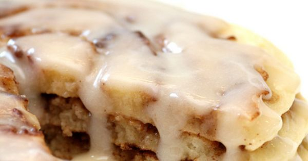 Recipe Snobs: Cinnamon Roll Pancakes Oh my!