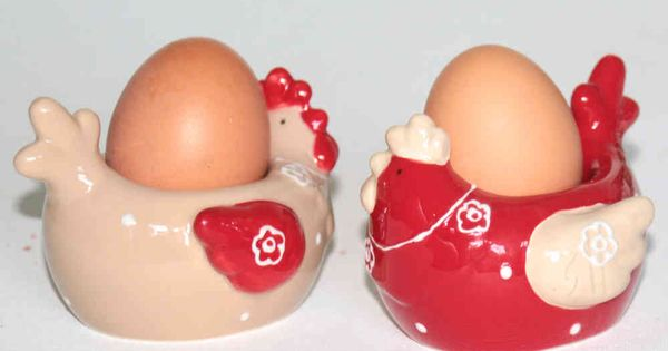 Set de 2 coquetiers poule en ceramique rouge et beige for Amadeus decoration en ligne