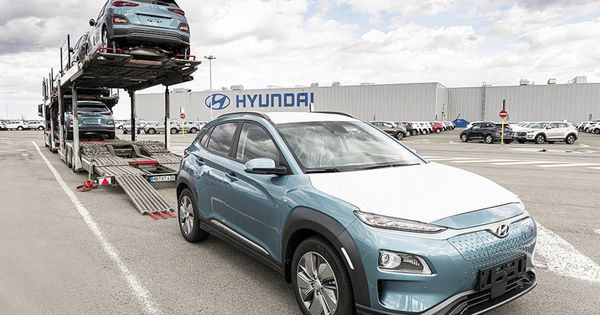 9 Wallpaper Hyundai Kona Electric 2020 Hyundai Will Appearance Off Its Refreshed For 2020 Ioniq Electrified Bunched Sedans At In 2020 Hyundai Living In Car Kia Picanto