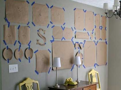 10 Tips for Creating a Collected Gallery Wall at TidbitsAndTwine. Checkout this