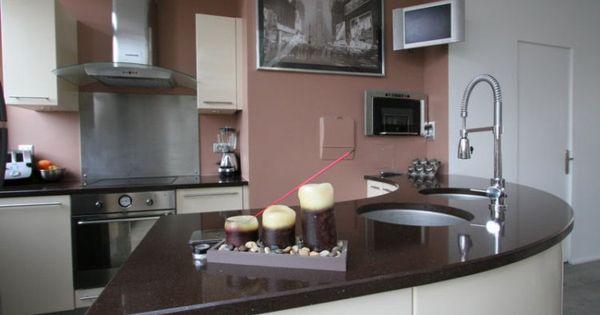 Cuisine bicolore les bonnes associations de couleurs d co de cuisine cuisine et d co for Credence violette