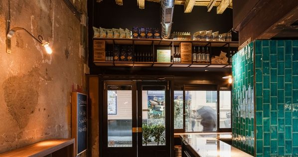Mamarracha is a conceptual tapas bar with a real city - Mamarracha sevilla ...