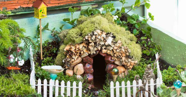 Jard n con casita para hadas o duendes casas de hadas for Casa jardin 8 de octubre