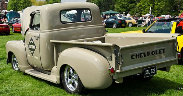 1947 55 1 Chevrolet Ad And Gmc Nd Trucks In The Uk Chevrolet Trucks Gmc