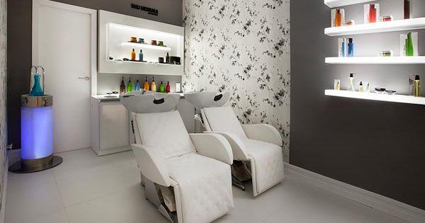 Nombres peluquerias modernas buscar con google for Iluminacion para peluquerias