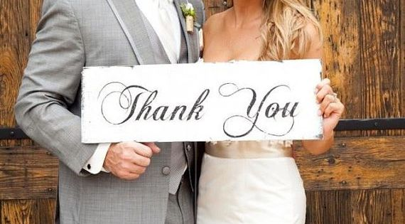 Smart Idea: Take a Thank You card photo on the day of