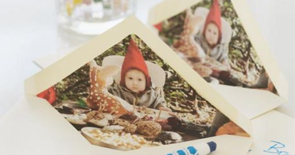 Super cute idea! Photo-Lined Holiday Envelopes - http://www.sweetpaulmag.com/crafts/photo-lined-holiday-envelopes sweetpaul