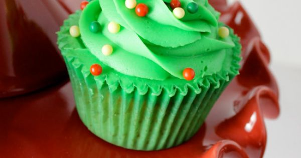 {Xmas Food} Christmas Tree Cupcake Decoration. xmas Christmas tree green cupcakes