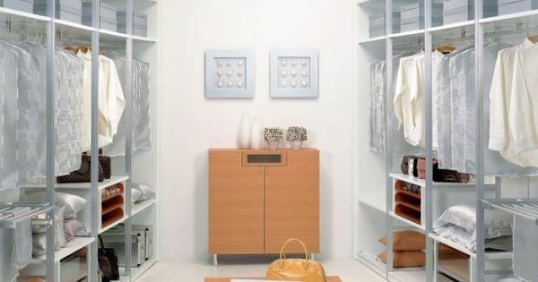 Ankleidezimmer Gestalten 16 Praktische Und Nutzliche Ideen Kleiner Schrank Design Schrankentwurf Und Schrank Design