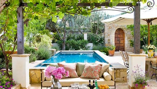 10 Ways to Create a Backyard Getaway / Step by step how